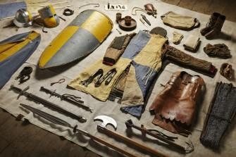 Geschichte der Militärausrüstung: Von der Schlacht von Hastings bis Helmand